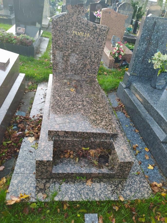 nettoyage d'une tombe avant après